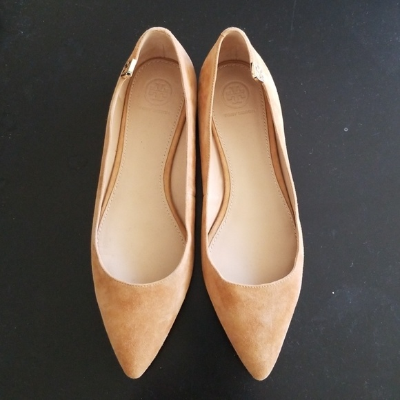 e20768694cb Tory Burch Elizabeth Pointy Toe Flats. M 5b301954409c151f40ec69f5